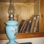 Лампа-ваза керосиновая, 12-линейная, настольная (фарфор), вторая половина XIX века.